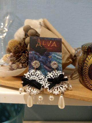 🚚 Alva.Accessory全新韓國蕾絲垂墜耳環