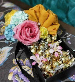 Chocolate shawl/scarf Bouquet