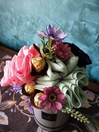Hijabi Bouquet with Chocolates