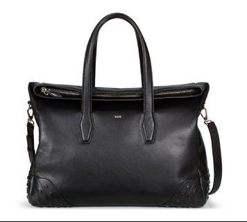 🚚 TOD'S Gommini soft leather travel bag