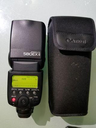 canon 580ex ii  功能正常 剩機無盒無單無其他 電池倉有生秀,閃光燈