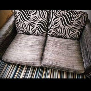 芝華仕-兩人座位布藝梳化