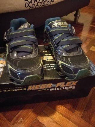 Skechers light shoes