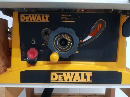 DeWALT DWE7470-B1 Table Saw