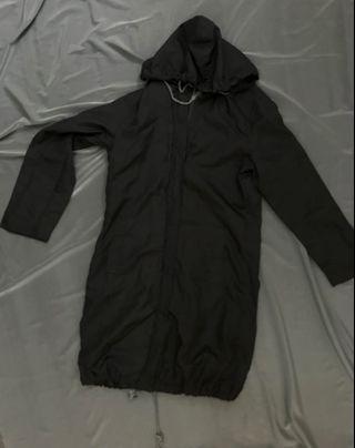 黑色 長 風衣