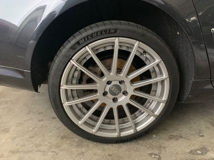 Used for 1 month Audi rims 20 inch Michelin PS4S