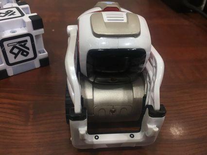 ANKI COZMO - EDUCATIONAL TOY ROBOT