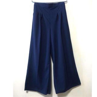 Navy Blue Palazzo Pants. Well kept in packaging.