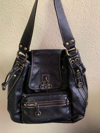 🚚 Leather handbag (with detachable strap)