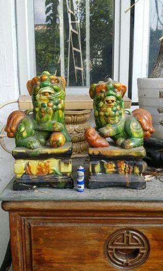 老舊石灣陶瓷獅子一對