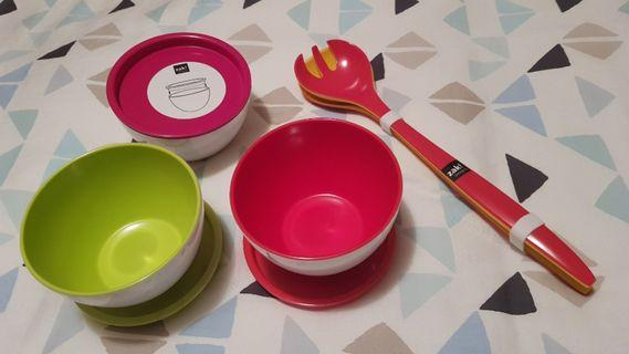 New Zak! Colourful snack bowls with lid & Salad spoon fork thongs