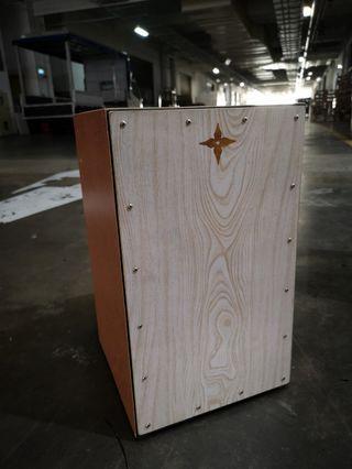 🚚 Handmade + Lightweight Cajon