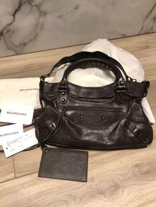Balenciaga Small City Leather Handbag, Authentic, Chic & classy, 巴黎世家 機車包 小手袋 #MTRcwb #MTRst