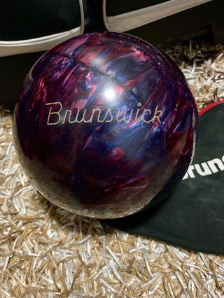 🚚 Brunswick Bowling Ball