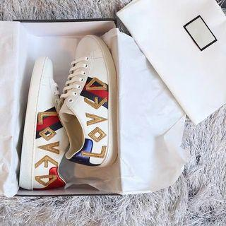 🚚 Best Deal! Women's LOVED sneakers shoes G House