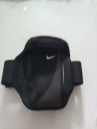 🚚 Nike Running Pouch
