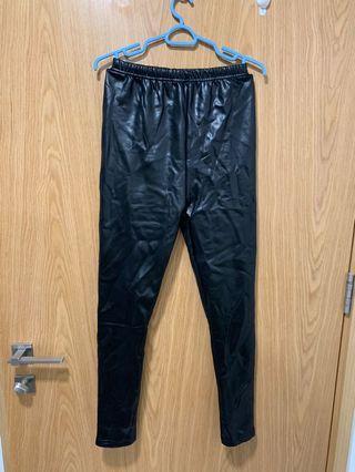 🚚 Leather Legging with inner velvet