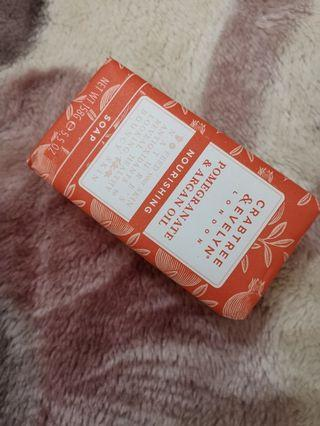 Carbtree&Evelyn soap