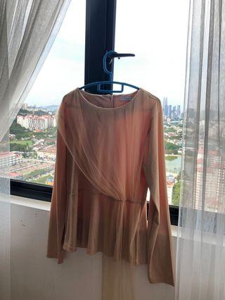 Lubna Side Part Top