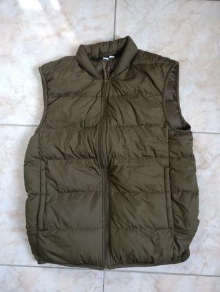 Jaket Rompi Vest Bulu Angsa Uniqlo U/ Lemaire