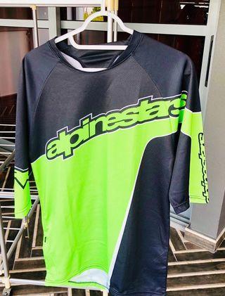 🚚 Authentic Alpinestar jersey. Size S.