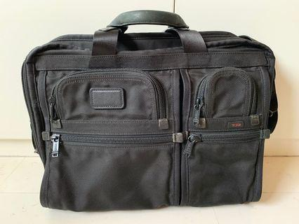 Tumi Alpha 26114DH Compact Large Screen Computer Briefcase