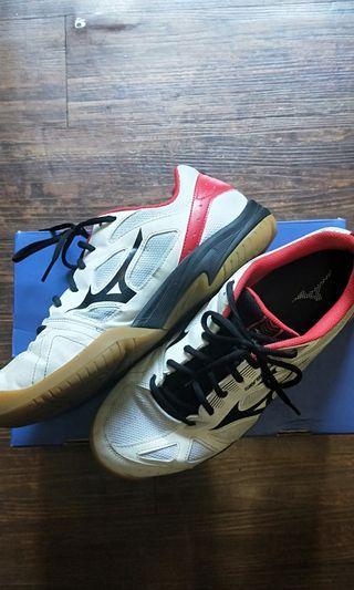 美津農排球鞋-紅黑 US10. 5