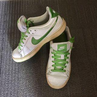 Nike 休閒鞋 白綠色