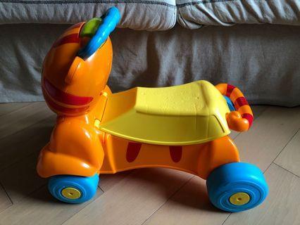 BB walker 學行車