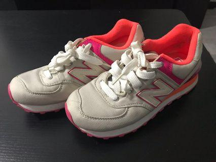 New Balance Alpine Grey & Pink