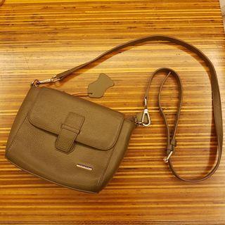 Sachs Leather Small Sling Handbag