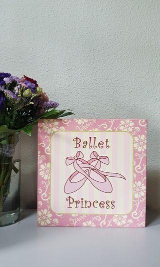 🚚 BALLET gifts, wall frame, door hanger