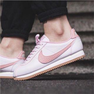 Nike阿甘 全新珍珠粉蛇紋 (含鞋盒)