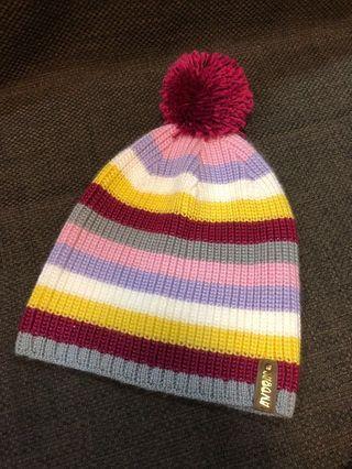 彩色條紋毛球針織毛帽