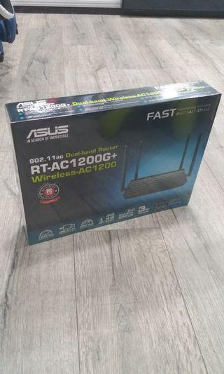 🚚 ASUS RT-AC1200G+ wireless router.