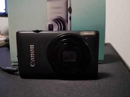 Canon IXUS HS200 digital camera