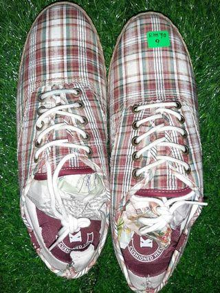 Men Checkered Sneakers