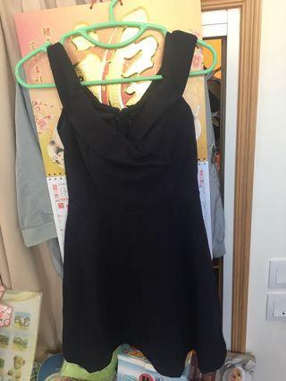 寶藍色吊帶裙