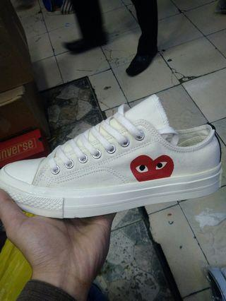 Converse play White