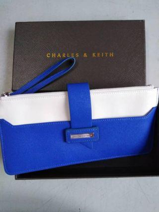🚚 Charles and Keith Wallet