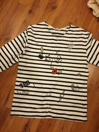 Stripe graphic long sleeve top
