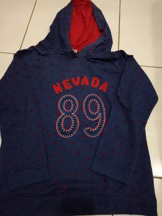 Sweater Nevada 89 biru tua