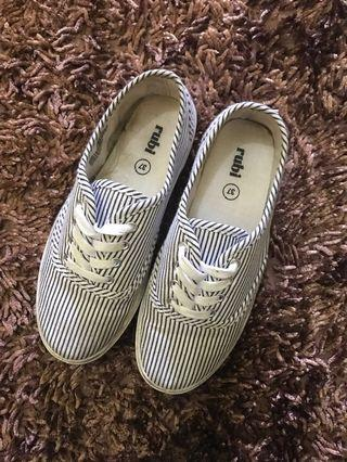 Rubi Shoes/Sneakers/Sepatu