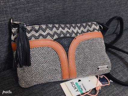 ROXY民族風小側背包,休閒包