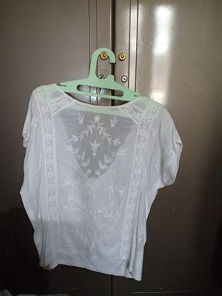 embroidered tee pretty india