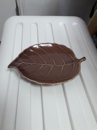leaf shape plate葉形小碟