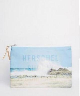 🚚 Herschel Large Network Pouch / Clutch