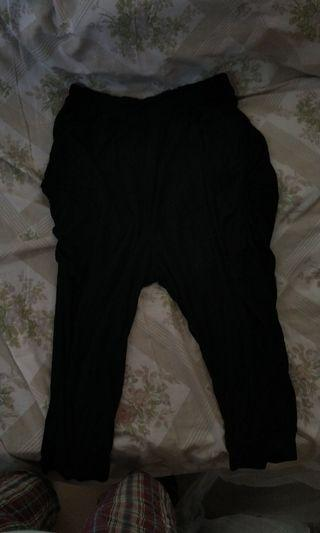 黑色哈倫褲