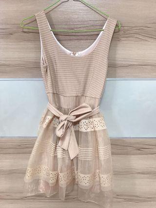 🚚 燒花紗裙洋裝 韓貨 婚禮小洋裝 杏色s
