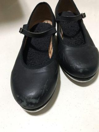 Tap dance shoes size 1 1/2